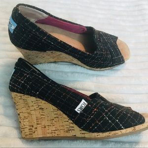 TOMS Black Multi Color Embroidered Wedges